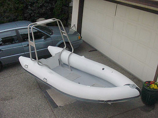 painting inflatable boat